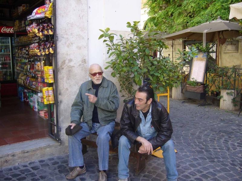 Mario Monicelli sul set di Vicino al Colosseo... c'è Monti