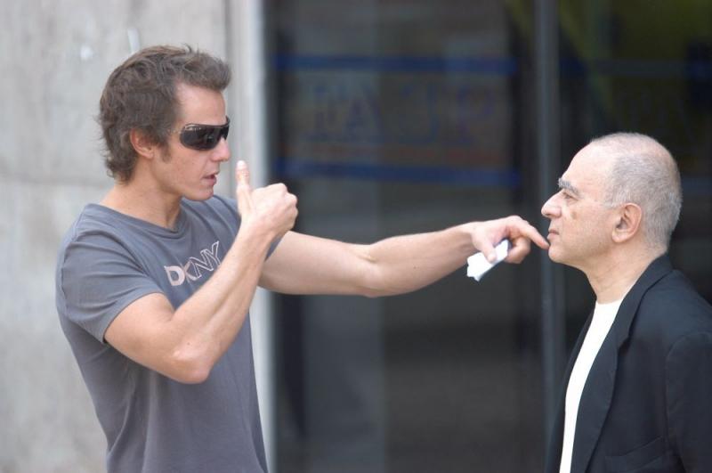 Ricardo Trêpa e Leon Cakoff in una sequenza del film Do Visível ao Invisível