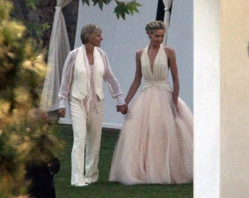 Una delle prime immagini del matrimonio di Ellen DeGeneres e Portia De Rossi