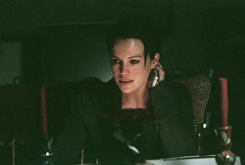 Carla Gugino in una sequenza del film Sfida senza regole - Righteous Kill