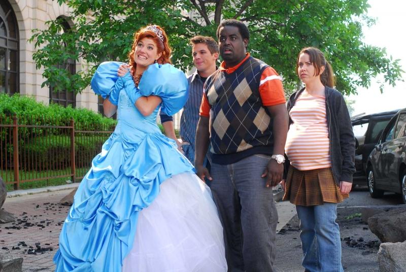 Nicole Parker, Matt Lanter, G. Thang e Crista Flanagan in una scena del film Disaster Movie