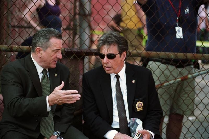 Robert De Niro e Al Pacino in una scena di Sfida senza regole - Righteous Kill