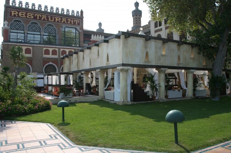 Costruzione realizzata dallo scenografo De Camillis nell\'ambito della 63esima Mostra del Cinema di Venezia