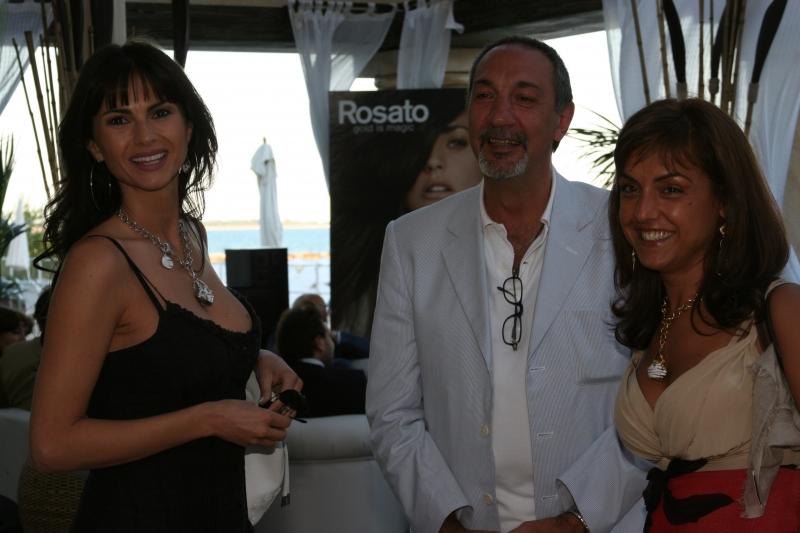Ramona Badescu con lo scenografo Enzo De Camillis e Simona Rosato