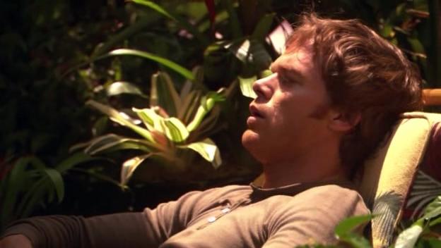 Dexter Morgan, interpretato da Michael C. Hall, nella serie tv Dexter, episodio: Resistance is Futile