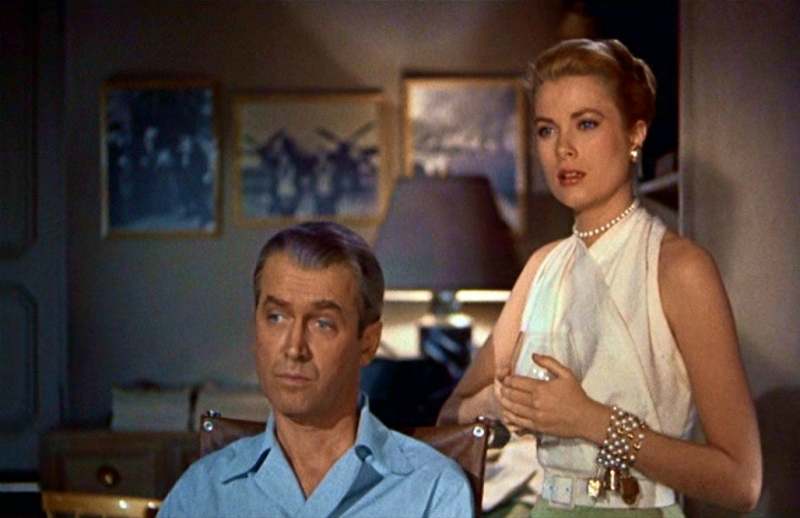 James stewart e grace kelly in una scena de la finestra sul cortile 86512 - La finestra sul cortile remake ...