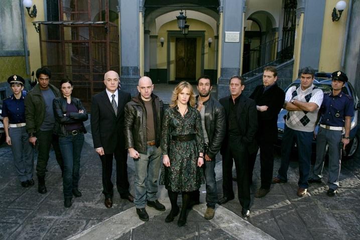 Un'immagine promozionale del cast de La nuova squadra
