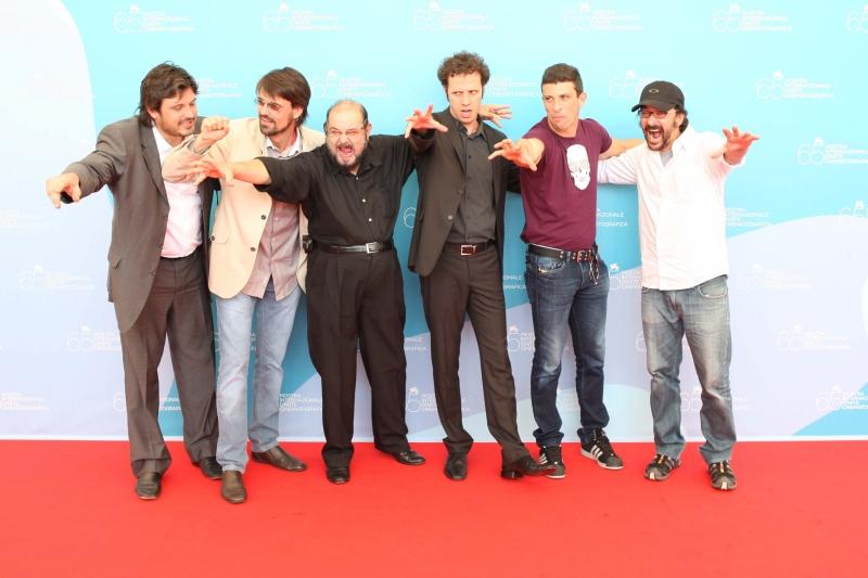 Josè Moijca Marins con il cast del film Encarnação do demonio alla 65edizione della Mostra del Cinema di Venezia