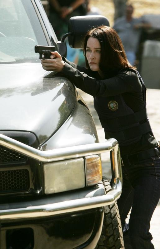 Robin Tunney in una scena dell'episodio Red Hair and Silver Tape della serie The Mentalist
