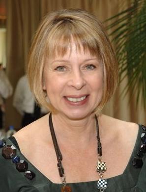 Una foto di Diane English