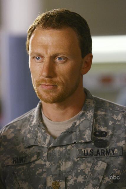 Kevin McKidd interpreta Owen nell'episodio 'Dream a little dream of me' della serie Grey's Anatomy