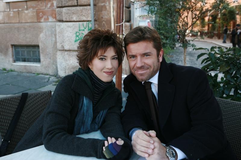 Veronica Pivetti con Paolo Conticini in un'immagine promozionale di Provaci ancora Prof! 3