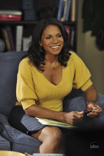 Audra McDonald nell'episodio 'Equal & Opposite' della serie tv Private Practice