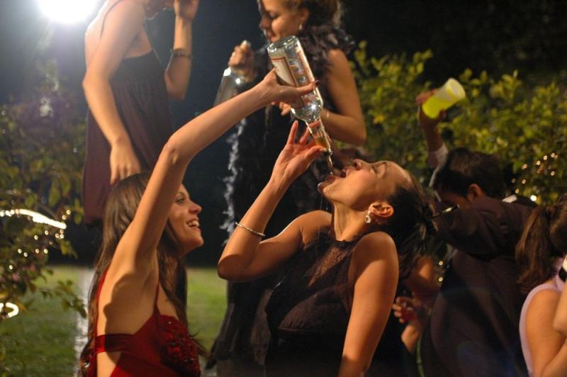 Chiara Chiti e Desirèe Noferini in una scena del film Un gioco da ragazze