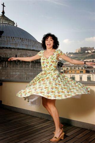 Una solare Antonella Stefanucci in una foto di Luca Cantone