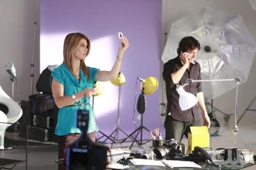 Lori Loughlin e Michael Piccirilli in una scena dell'episodio Model Behavior di 90210
