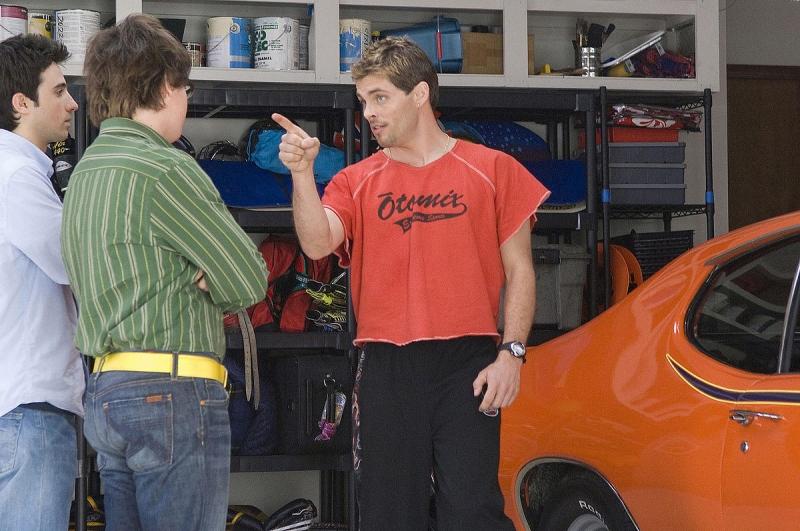 Josh Zuckerman e James Marsden in una scena del film Sex Drive
