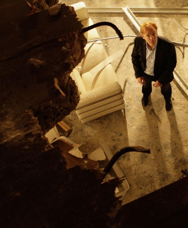 David Caruso in un momento dell'episodio 'Wrecking Crew' della settima stagione di CSI Miami