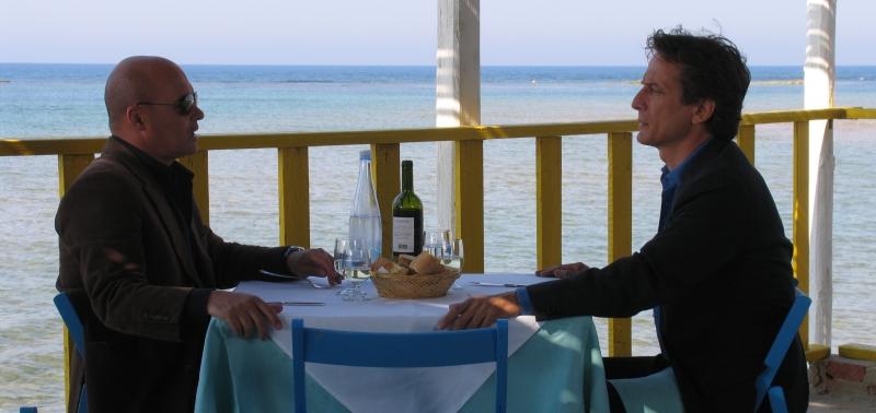Luca Zingaretti e Cesare Bocci nell'episodio Le ali della sfinge de Il commissario Montalbano