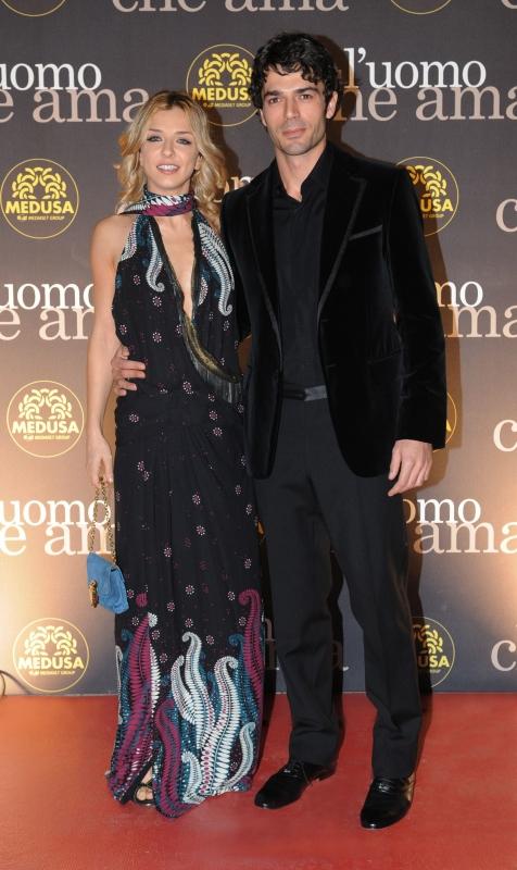 Myriam Catania e Luca Argentero al Festival di Roma 2008. Entrambi indossano un abito di Gucci