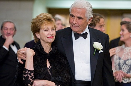 Kathy Baker e James Brolin in una scena del film Last Chance Harvey