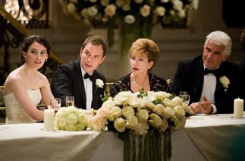 Liane Balaban, Michael Landes, Jathy Baker e James Brolin in una scena del film Last Chance Harvey