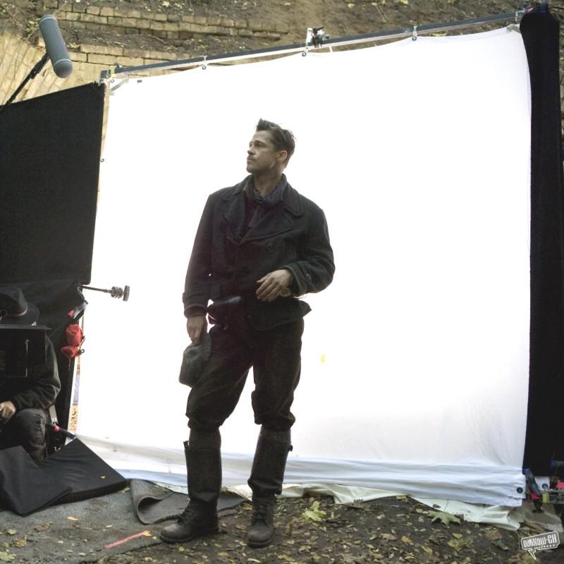 Brad Pitt sul set di Inglourious Basterds