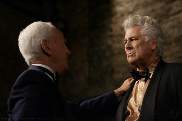 John Rubinstein e Barry Bostwick nell'episodio Criss Angel is a Douche Bag di Supernatural