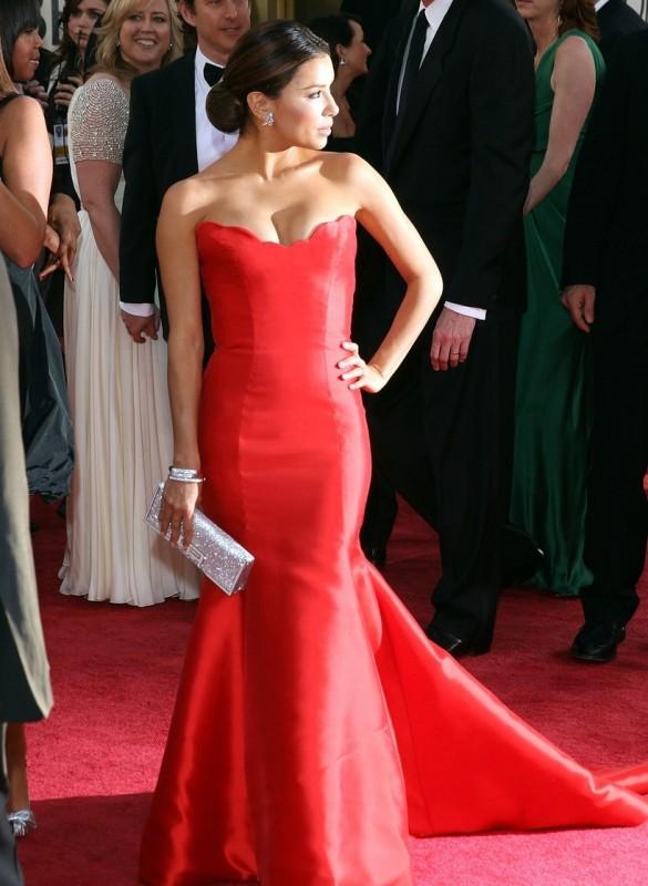 La casalinga disperata Eva Longoria Parker sfila sul red carpet dei Golden Globes 2009