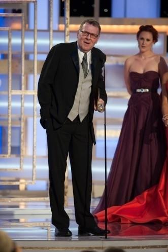 Tom Wilkinson premiato ai Golden Globes 2009 per il suo ruolo da non protagonista in John Adams