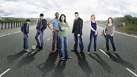 Un'immagine promozionale del cast di Survivors