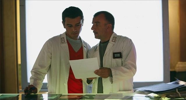 Ugo Dighero e Michele Venitucci in una scena della stagione 5 di R.I.S. - Delitti imperfetti