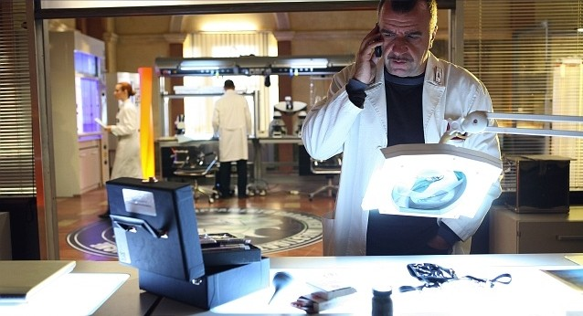 Ugo Dighero in una scena della stagione 5 di R.I.S. - Delitti imperfetti