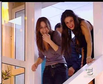 Cristina Del Basso e Claudia Perna durante la prima puntata del Grande Fratello 9