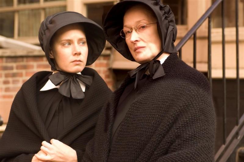 Amy Adams e Meryl Streep in un'immagine del film Il dubbio