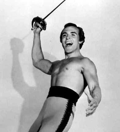 L'attore Ricardo Montalban nei primi anni '50