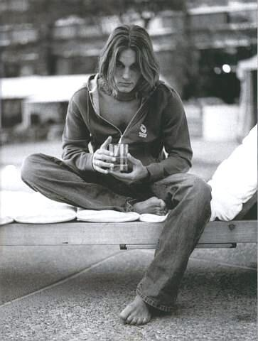 Travis Fimmel ai tempi in cui posava come modello per Calvin Klein
