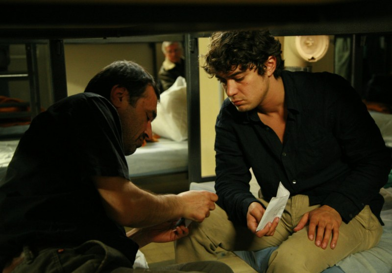 Riccardo Scamarcio in una scena tratta dal film Eden Is West