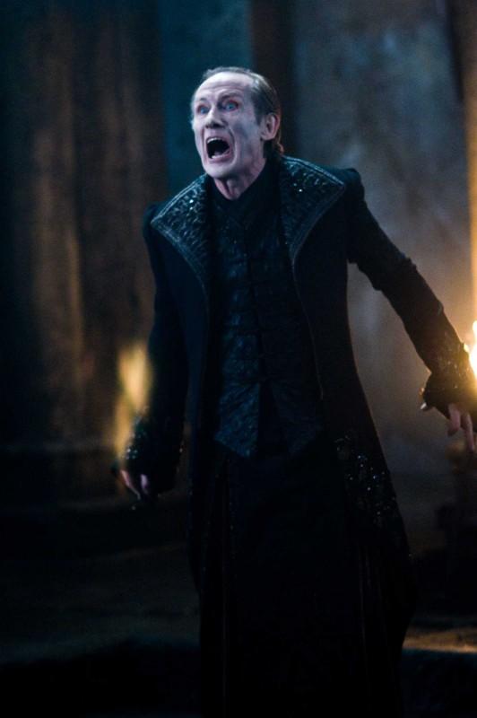 Bill Nighy è Viktor nel film Underworld: La ribellione dei Lycans