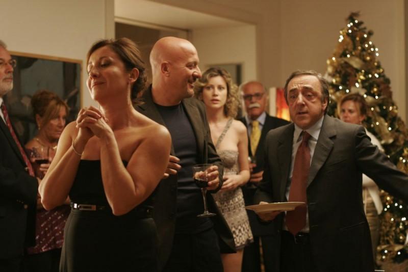 Claudio Bisio e Silvio Orlando in una scena del film Ex