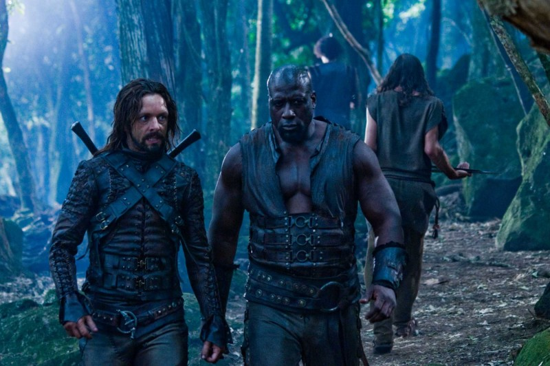 Michael Sheen e Kevin Grevioux in una scena del film Underworld: La ribellione dei Lycans