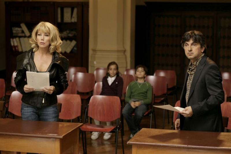 Nancy Brilli e Vincenzo Salemme in un'immagine del film Ex