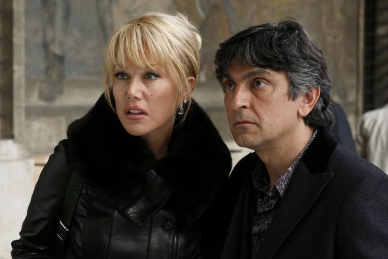 Nancy Brilli e Vincenzo Salemme in una sequenza del film Ex