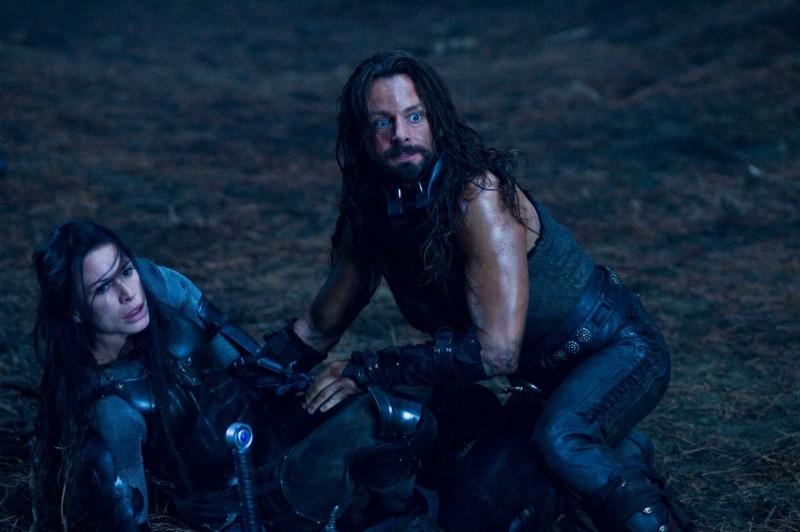Rhona Mitra e Michael Sheen in un'immagine del film Underworld: La ribellione dei Lycans