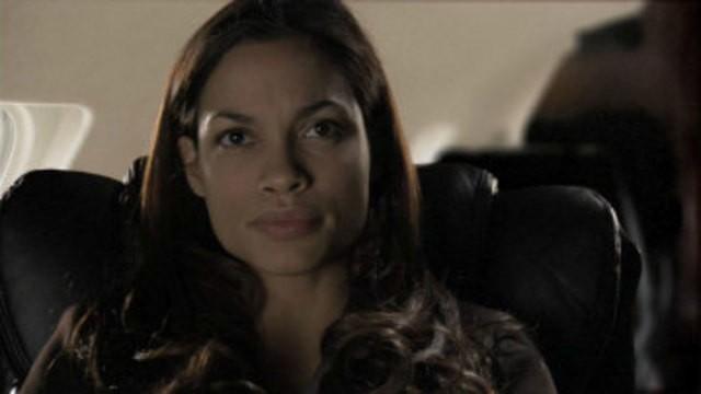 Rosario Dawson in una scena della serie online Gemini Division