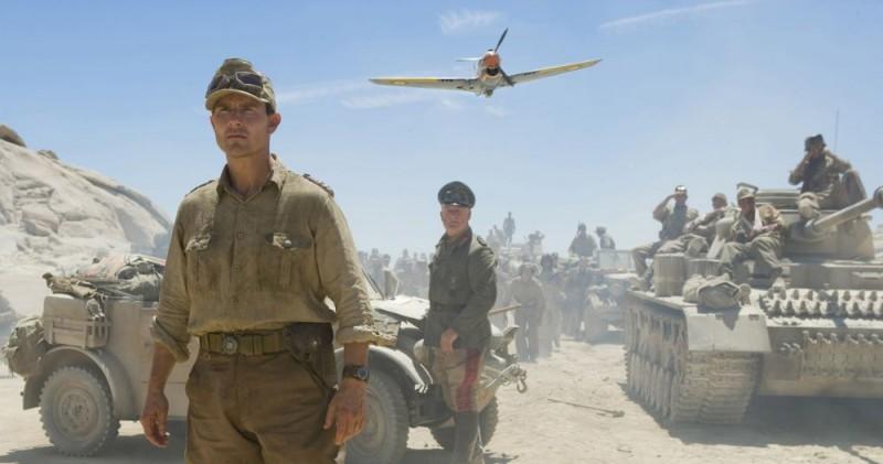 Tom Cruise è il Colonnello Claus von Stauffenberg nel film Operazione Valchiria