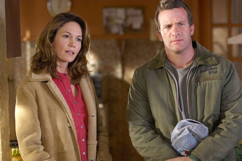 Diane Lane e Thomas Jane in una scena del film Killshot