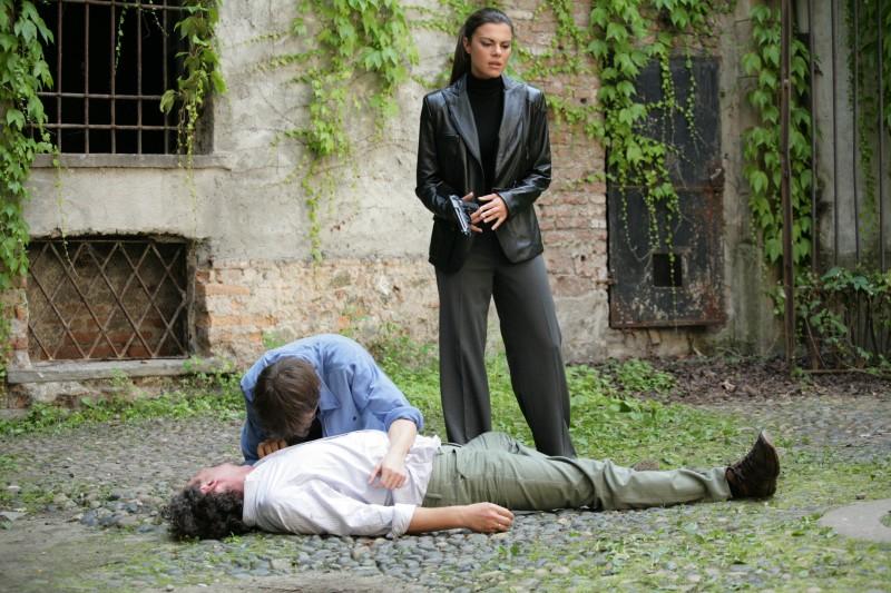Bianca Guaccero in una scena dell'episodio La famiglia de Il bene e il male