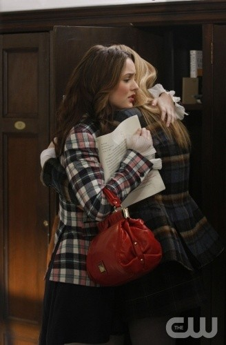 Leighton Meester e Blake Lively nell'episodio You've Got Yale di Gossip Girl