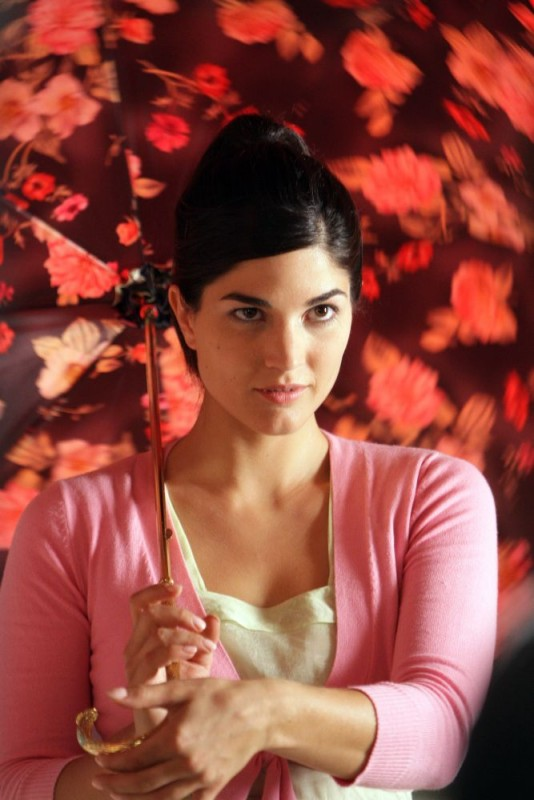 Sara Tosti in una scena del film Giulia non esce la sera